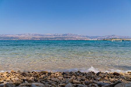 ellie bell photography, brac, island, croatia, adriatic sea, beach, pebbles, sea, shore, water, summer, mountains, europe
