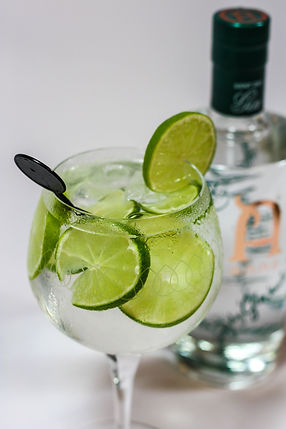 ellie bell photography, product photography, drink photography, gin, gin and tonic, chatsworth, lime