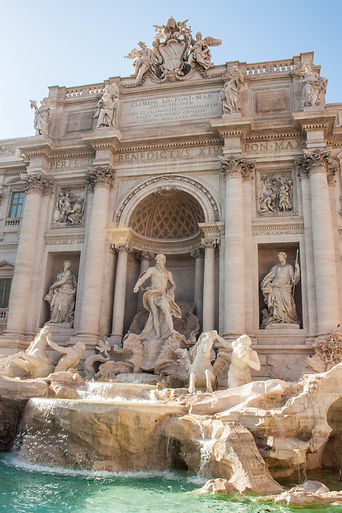 ellie bell photography, rome, italy, summer, trevi fountain, water fountain, statue, artwork, sculpture