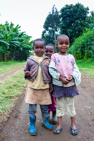 ellie bell photography, tanzania, east africa, arusha, children, ng'resi, mount meru, volcano, plants