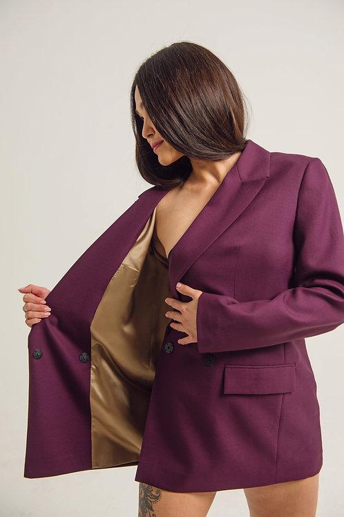 Фиолетовый жакет с золотой подкладкой