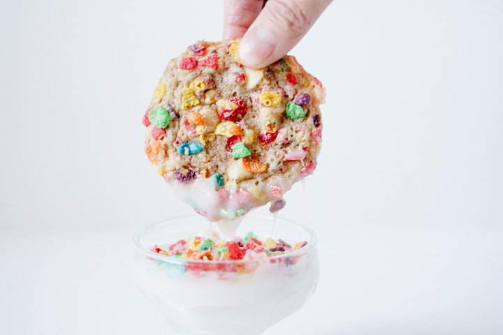 fruity pebble cereal coated cookie