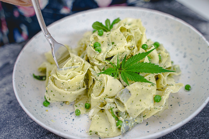 weed pasta with pesto and ricotta
