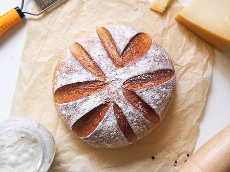 Cacio e Pepe Bread