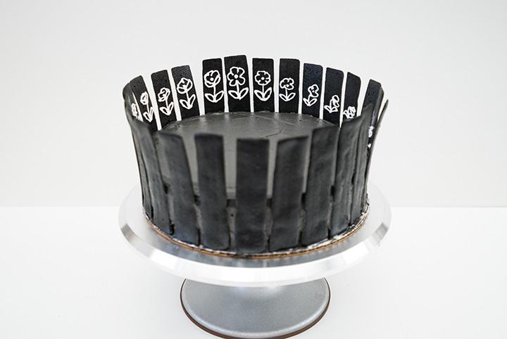 edible zoetrope cake