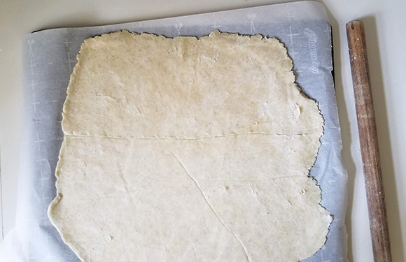 rolled out flat pie dough