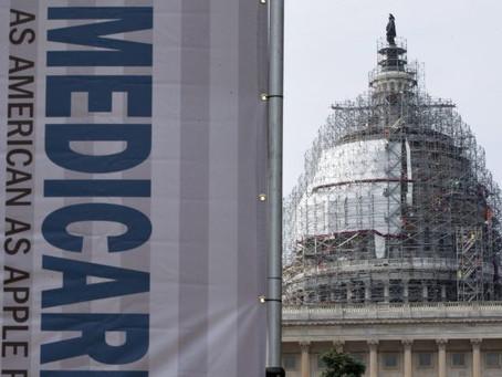 """Nueva encuesta encuentra que la mayoría de los votantes encuestados no apoyan """"Medicare para todo"""""""