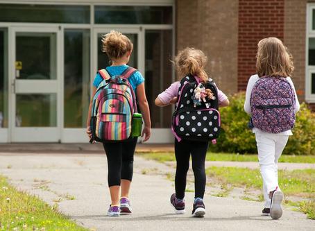 Alcalde De Blasio dice las escuelas de NY no reabrirán completamente hasta que haya una vacuna