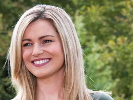 """Anuncio de candidata de Alabama, sugiere un """"escuadrón"""" conservador para luchar contra el socialismo"""