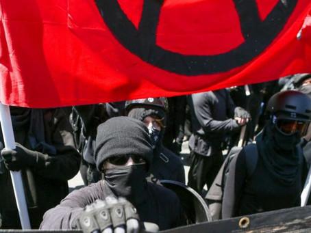 Los republicanos presentan una ley para nombrar a Antifa terroristas domesticos