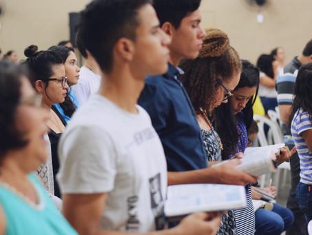 Estudiante Cristiano forzado a escribir profesión islámica de fe por la escuela