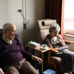 Para proteger a los ancianos de peligros , los Estados no deben empujarlos a hogares de ancianos