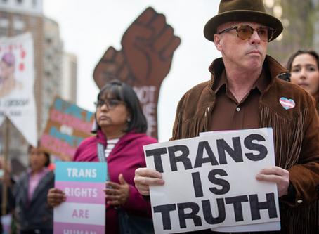 Activistas LGBT hacen que la iglesia sea expulsada de escena artística local por creer en la Biblia