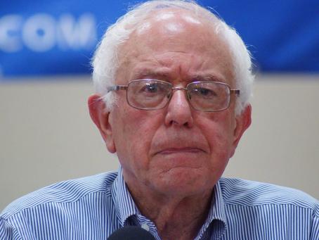 Bernie Sanders se vio forzado a admitir que aumentaría los impuestos sobre la clase media