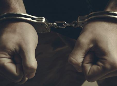 Condado de sanctuario en Montgomery: La policía interrumpe la violación ilegal de una mujer