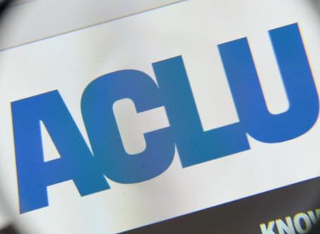 ACLU dijo a los maestros de California que ayuden a los estudiantes a obtener abortos