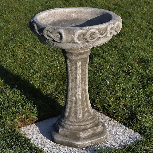 Dragonstone Henley Bird Bath