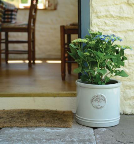 Woodlodge Heritage Pot