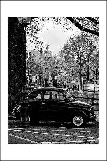 Fiat 500 @ Amsterdam canal
