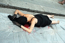 amnistia-internacional-galeria-art-lola-ventos-figueres_3909.jpg