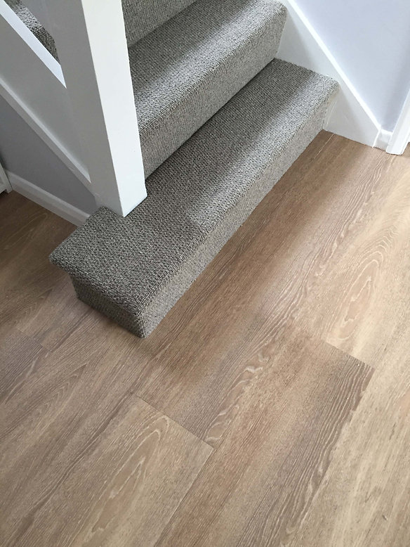 Owens & Sons Carpet, Wool loop stair car