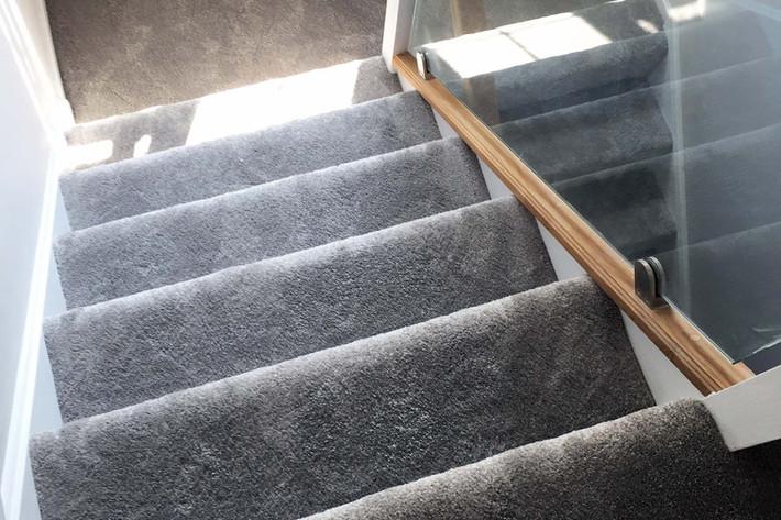 Grey Stair Carpet Sussex, Local Carpet S