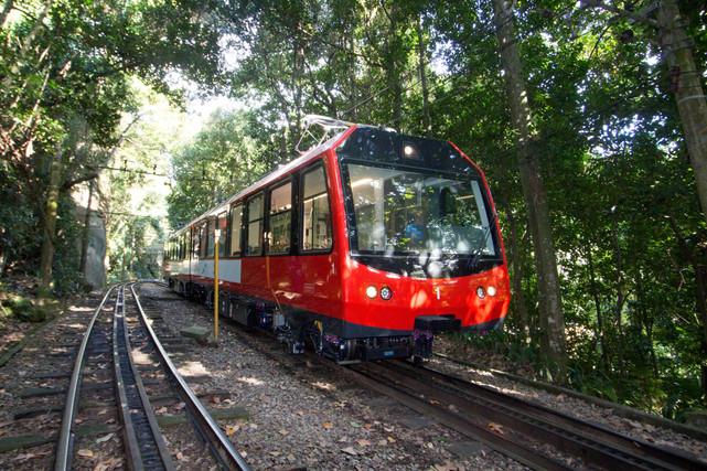 Estrada De Ferro Do Corcovado Completa 135 Anos Com A Inauguração De Novos Trens