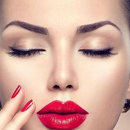 WEB BEAUTY EYEBROWS semi-permanent-makeup NOV16-800x795 (1).jpg
