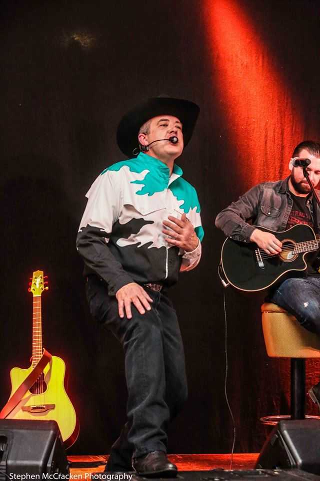The Ultimate Garth Brooks Experience 31.