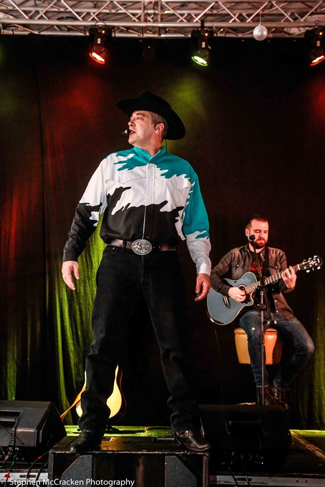 The Ultimate Garth Brooks Experience 29.