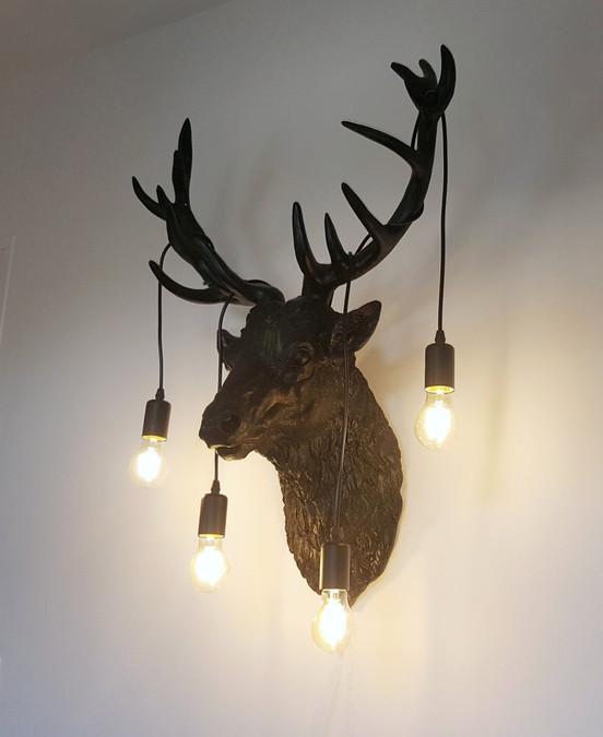 SHIKA, lampe design de cerf par Nuuy Design