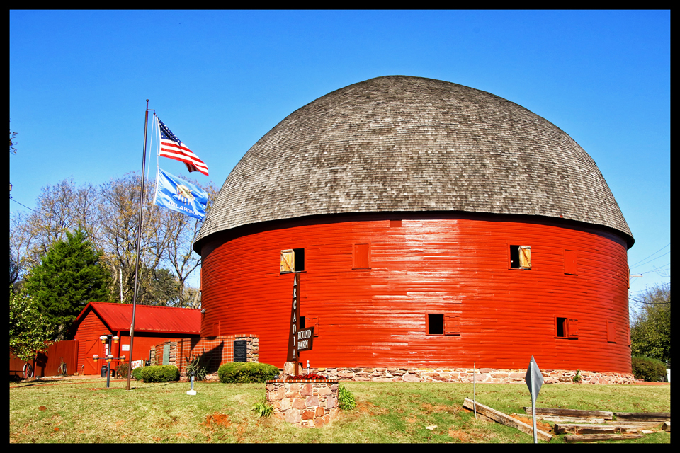 Red Barn, Kansas