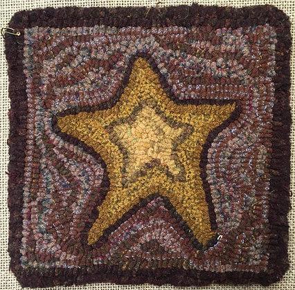 Hooked Star Pattern on Linen