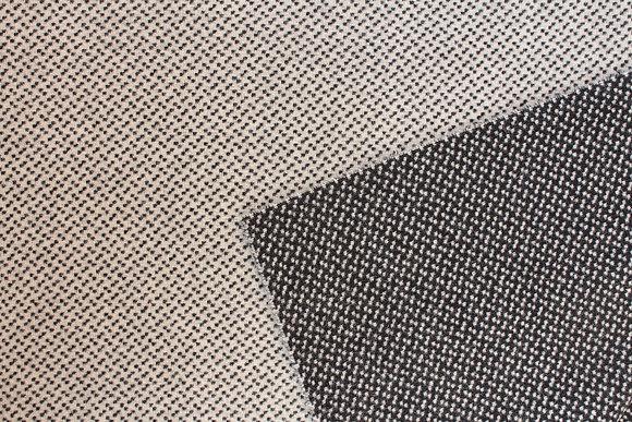 Black & White Speckle reversible