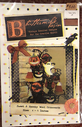 """Buttermilk Basin """"Sweet and Spooky Ornaments """""""