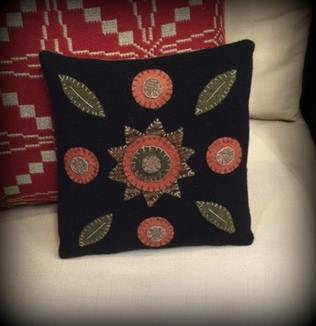 Wool Applique Pillow Kit