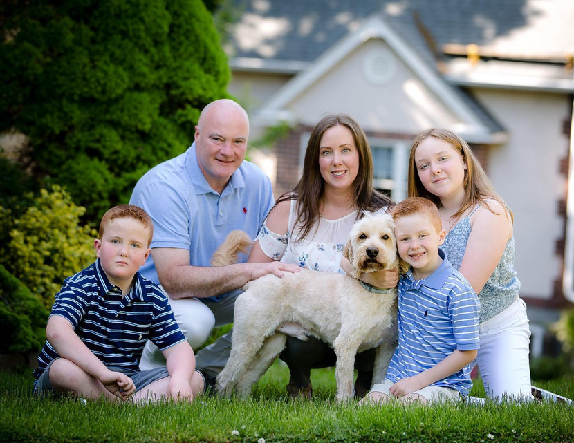Family pictures with Suzanne Claire Photography. Front Step project@
