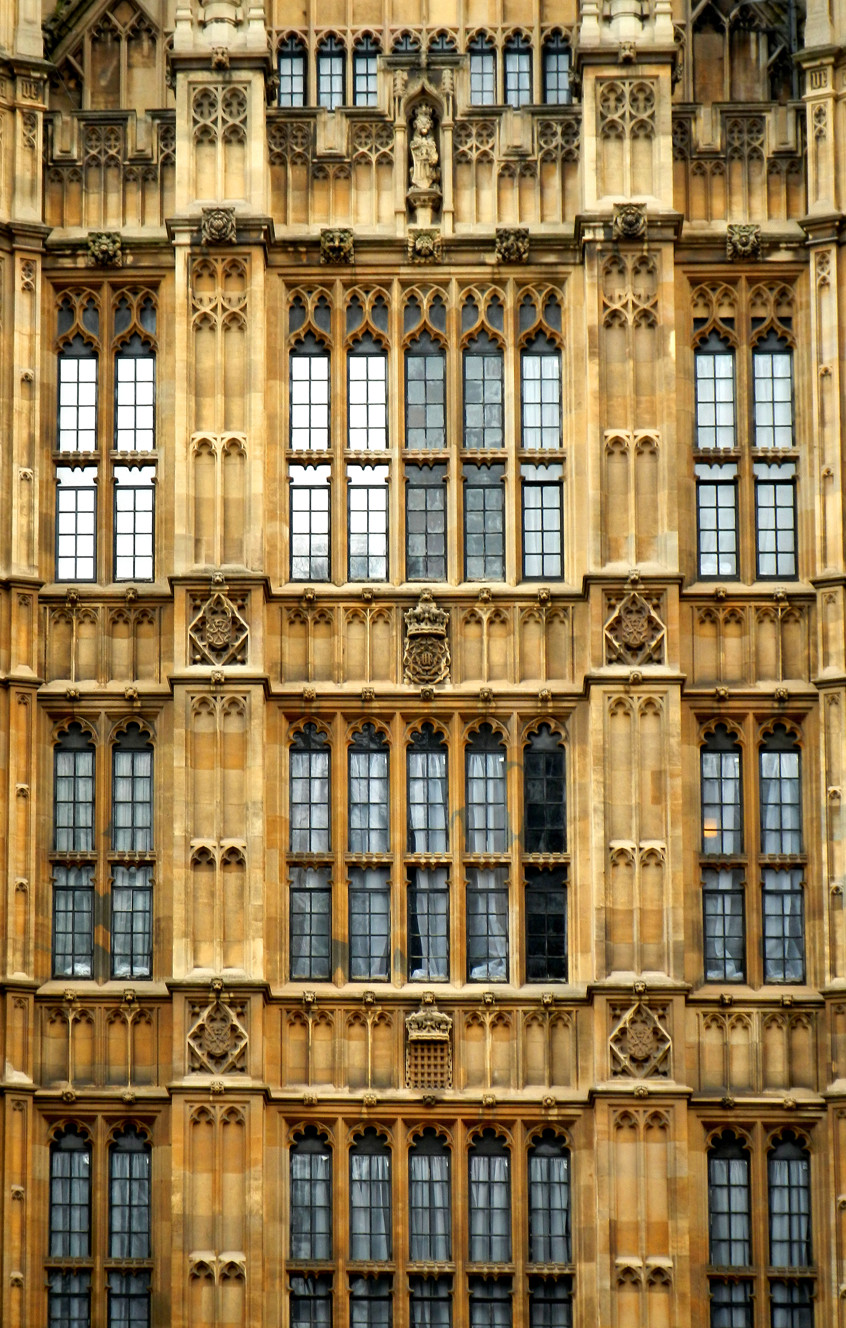 London - Houses of Parliament-Detail