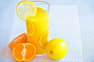 glass-of-lemon-juice-96620.jpg