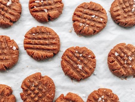 The Easiest [Keto] Peanut Butter Cookies