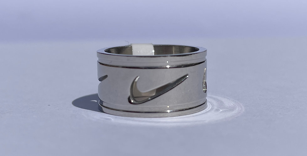 Swoosh Engraved Ring (Small)