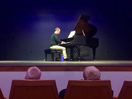 Steve Olson plays 1917 Steinway