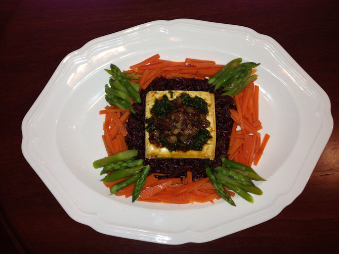 Tofu with black rice and vegetables recipe