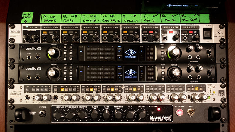 maxdbaudio Recording Studio London Outboard 1.jpg