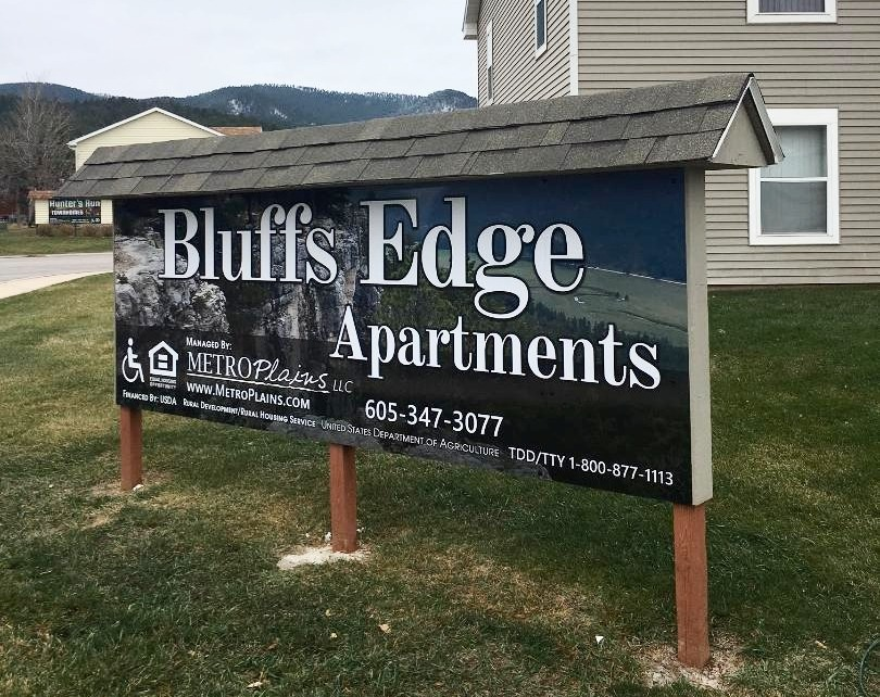 Bluffs Edge Apartments