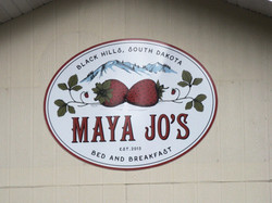 Maya Jos Bed & Breakfast