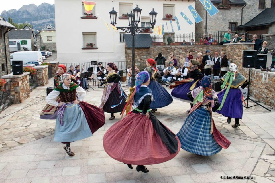 baile danzas.jpg