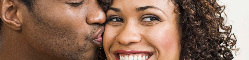 Kissing Couple 2014-9-11-21:19:45