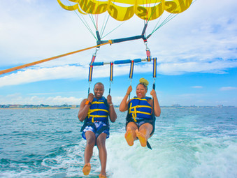 What You Need to Plan Your Parasailing Adventure