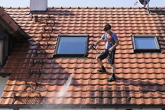 Nettoyage de toit
